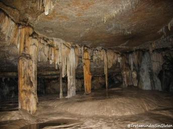 Cueva de los Cristinos interior